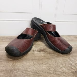 Keen Shoes Slip On Non Marking Rubber Soles